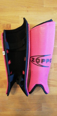 Zoppo Shin Pads Pink